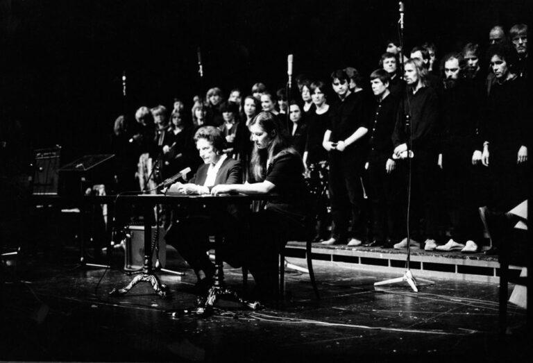 """Bella Ciao"": Quarteto Vocale Giovanna Marini, Ida Ehre, Eva Mattes im Schauspielhaus"