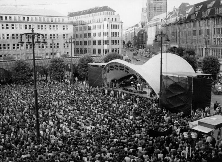 Der Rathausmarkt am Nachmittag, Eröffnung, 23. August 1986