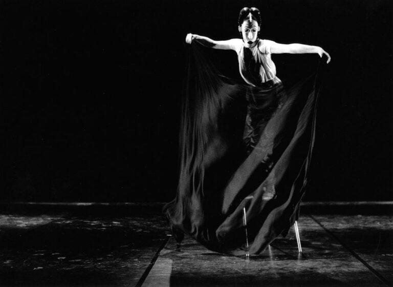 """Arila Siegert tanzt """"Die Maske"""""""